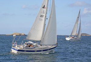 Purjehuskoulu Aalto Sail Kouluveneemme Hallberg-Rassy 352
